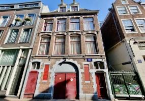 Bloedstraat,Netherlands 1012BS,2 Bedrooms Bedrooms,1 BathroomBathrooms,Apartment,Bloedstraat,2,1466